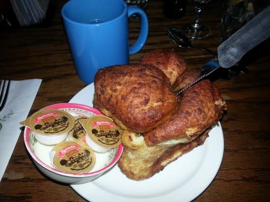 Highlevel Diner - cinnamon bun